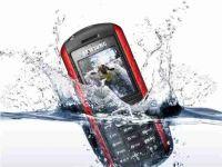 Telefoon in water gevallen